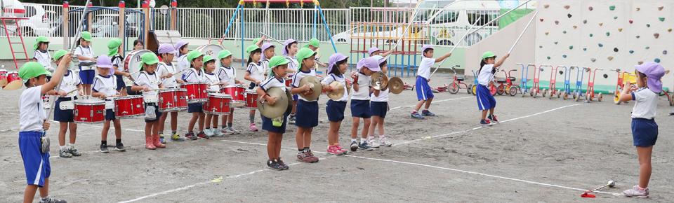 鼓笛パレードの練習